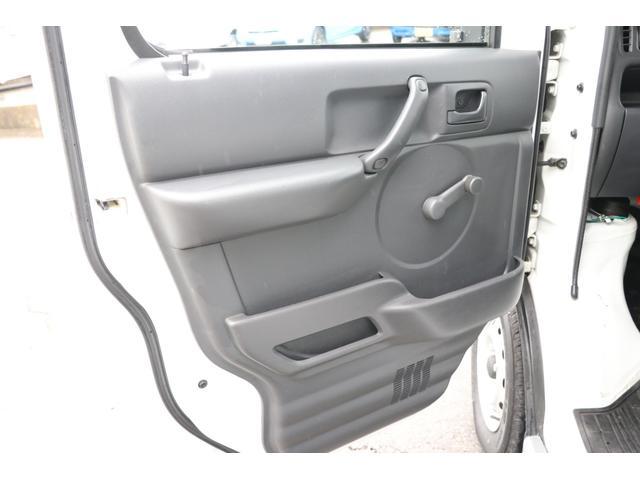 ワゴリー K380 4WD CDデッキ ミラー型バックカメラ 5速MT メインスイッチ BTメーター 各種スイッチ ツインサブ 500Wインバーター 12V/100V 照明 遮光カーテン 網戸 外部充電 走行充電 バックカメラ(42枚目)