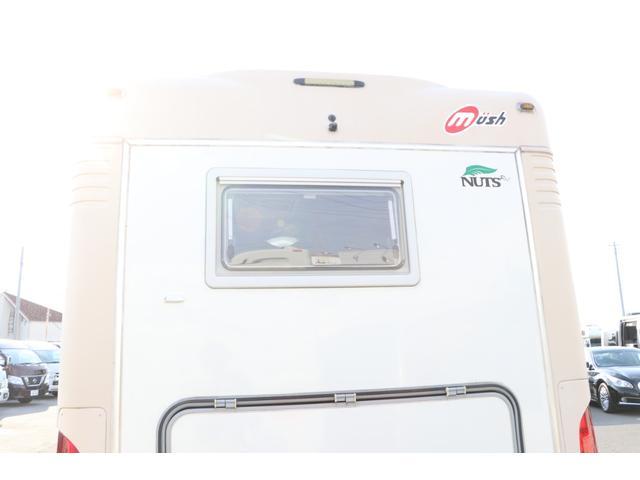 ナッツRV製 マッシュX 禁煙車 乗車6名就寝5名 ナビTV ETC バックカメラ 2サブ メインスイッチ 電圧計 12V/100V 燃料式FFヒーター 走行時リアクーラー シンク 冷蔵庫 外部電源 走行充電(21枚目)