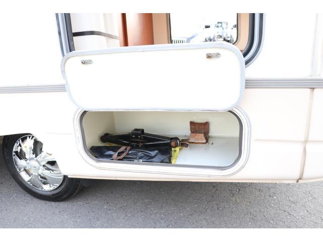 ナッツRV製 マッシュX 禁煙車 乗車6名就寝5名 ナビTV ETC バックカメラ 2サブ メインスイッチ 電圧計 12V/100V 燃料式FFヒーター 走行時リアクーラー シンク 冷蔵庫 外部電源 走行充電(30枚目)