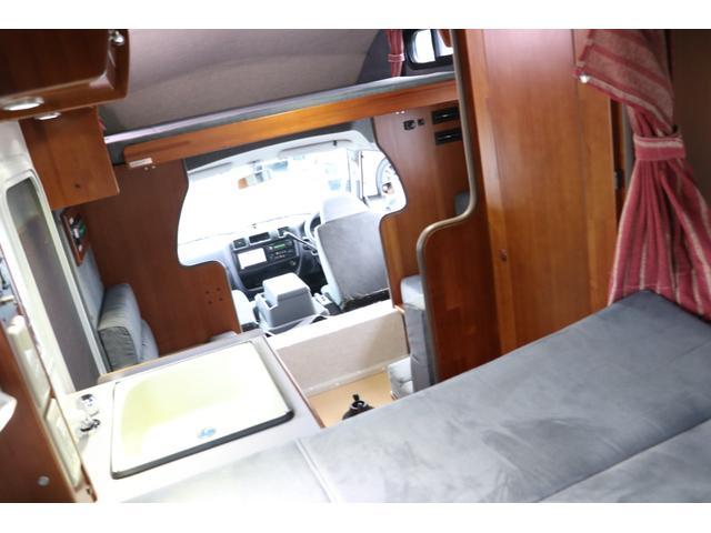 ナッツRV製 マッシュX 禁煙車 乗車6名就寝5名 ナビTV ETC バックカメラ 2サブ メインスイッチ 電圧計 12V/100V 燃料式FFヒーター 走行時リアクーラー シンク 冷蔵庫 外部電源 走行充電(49枚目)