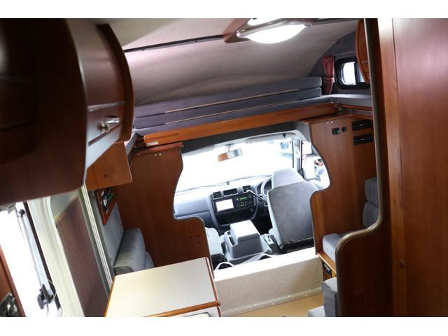 ナッツRV製 マッシュX 禁煙車 乗車6名就寝5名 ナビTV ETC バックカメラ 2サブ メインスイッチ 電圧計 12V/100V 燃料式FFヒーター 走行時リアクーラー シンク 冷蔵庫 外部電源 走行充電(55枚目)