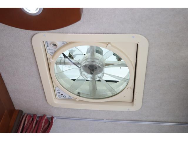 ナッツRV製 マッシュX 禁煙車 乗車6名就寝5名 ナビTV ETC バックカメラ 2サブ メインスイッチ 電圧計 12V/100V 燃料式FFヒーター 走行時リアクーラー シンク 冷蔵庫 外部電源 走行充電(71枚目)