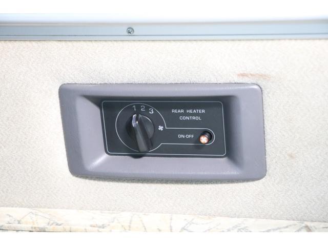 ビークル製 クッチェッタ キーレス ETC CD USB入力 サブバッテリー サブバッテリー 走行充電 外部充電 走行時リアクーラー&ヒーター シンク 冷蔵庫 遮光カーテン 照明(75枚目)