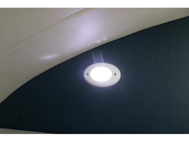 かーいんてりあ高橋製 ネオユーロ 4WD 1オーナー 常時バックカメラ ETC サブBT 電圧計 350Wインバータ― 後席TV MAXFAN シンク  外部電源 走行充電 LED照明 網戸(71枚目)