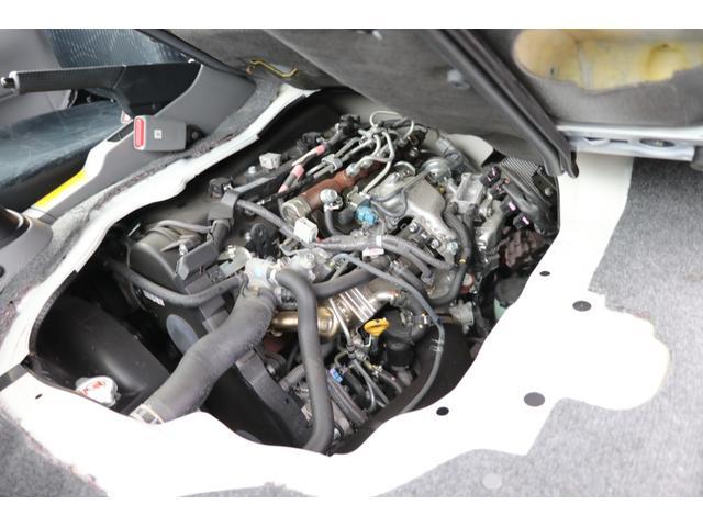 ナッツRV製 クレソンボヤージュW 1オーナー禁煙車 ナビTV ETC Bカメラ サブBT VOTRONIC 12V/100V 燃料式FFヒーター 走行時リアクーラー MAXFAN シンク 冷蔵庫 リアラダー カセットトイレ 外部充電 走行充電(30枚目)
