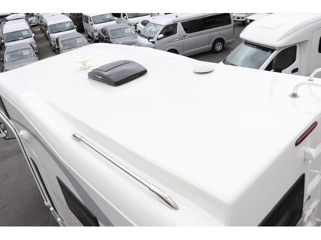 ナッツRV製 クレソンボヤージュW 1オーナー禁煙車 ナビTV ETC Bカメラ サブBT VOTRONIC 12V/100V 燃料式FFヒーター 走行時リアクーラー MAXFAN シンク 冷蔵庫 リアラダー カセットトイレ 外部充電 走行充電(31枚目)