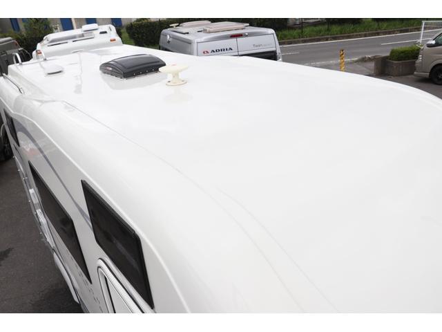 ナッツRV製 クレソンボヤージュW 1オーナー禁煙車 ナビTV ETC Bカメラ サブBT VOTRONIC 12V/100V 燃料式FFヒーター 走行時リアクーラー MAXFAN シンク 冷蔵庫 リアラダー カセットトイレ 外部充電 走行充電(32枚目)