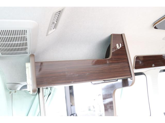GL アネックス製 リコルソ 禁煙車 ナビTV ETC Bカメラ サブBT 電圧計 インバーター 燃料式FFヒーター 走行時リアクーラー&ヒーター シンク 冷蔵庫 サイドオーニング ソーラー 外部電源 走行充電(73枚目)