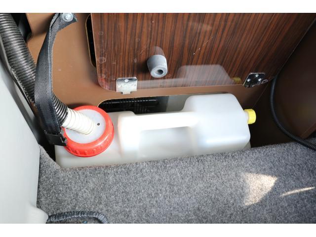 GL アネックス製 リコルソ 禁煙車 ナビTV ETC Bカメラ サブBT 電圧計 インバーター 燃料式FFヒーター 走行時リアクーラー&ヒーター シンク 冷蔵庫 サイドオーニング ソーラー 外部電源 走行充電(78枚目)