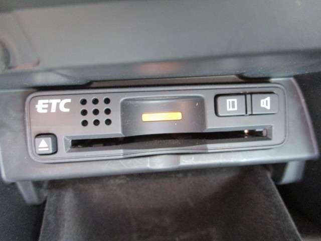 35TL HDDナビ ETC カーテンエアバッグ(14枚目)