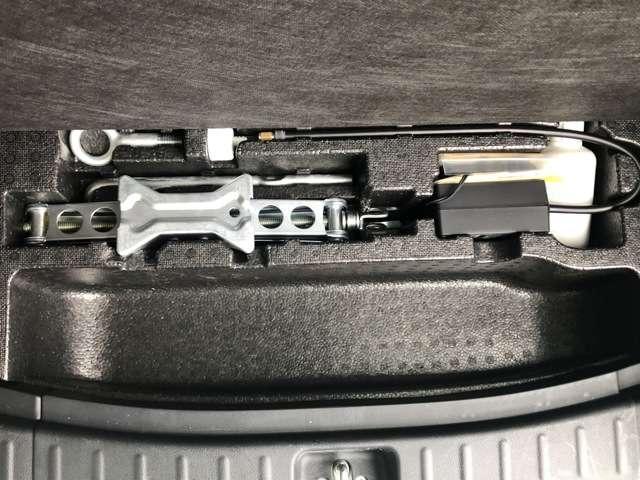 G・Lパッケージ 純正メモリーナビ 片側PSD ワンオーナー アイドリングストップ  両側スライド アルミホイール スマートキー バックカメラ 盗難防止システム HIDヘッドライト ベンチシート CD 横滑り防止装置(5枚目)