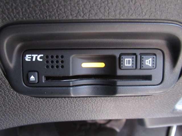 ハイブリッドRS・ホンダセンシング 純正ナビ センシング ETC ワンオーナー スマートキー 盗難防止システム バックカメラ 横滑り防止装置 アルミホイール フルセグ ミュージックサーバー ミュージックプレイヤー接続可 衝突防止システム(12枚目)