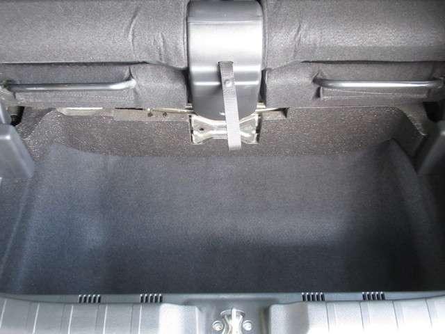 G・Lパッケージ 純正ナビ あんしんPKG ETC ワンオーナー スマートキー 盗難防止システム HIDヘッドライト バックカメラ 横滑り防止装置 アルミホイール ベンチシート フルセグ ミュージックサーバー(5枚目)