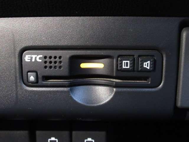 G・Lパッケージ 純正ナビ あんしんPKG ETC ワンオーナー スマートキー 盗難防止システム HIDヘッドライト バックカメラ 横滑り防止装置 アルミホイール ベンチシート フルセグ ミュージックサーバー(14枚目)