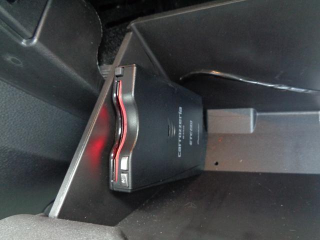 エコブースト プレミアム ポニーパッケージ SHAKER CarPlay FORGIATO20インチアルミ ローダウン パドルシフト クルコン 本革シート シートヒーター&エアシート 電動シート ETC CD スペアキー(24枚目)