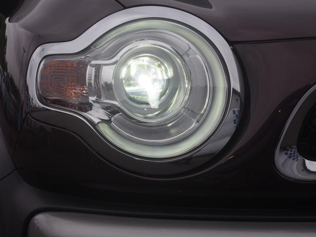 LEDヘッドランプ装備ですので夜なども明るく照らしてしれて見やすいですよ!!