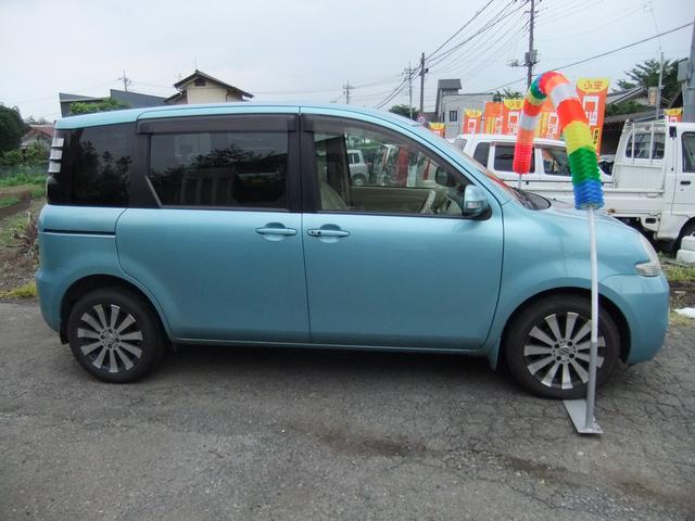 トヨタ シエンタ 1.5G 左パワースライドドア オートエアコン