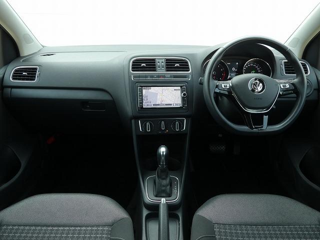 「フォルクスワーゲン」「VW ポロ」「コンパクトカー」「茨城県」の中古車8