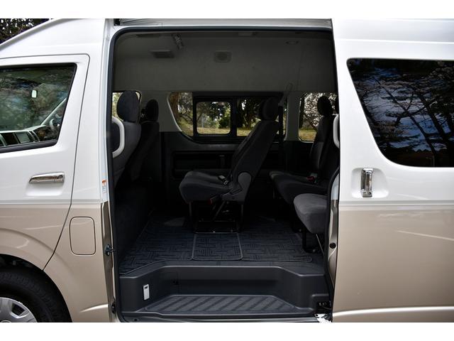 グランドキャビン トヨタセーフティセンス 4WD オートスライドドア バックカメラ(9枚目)