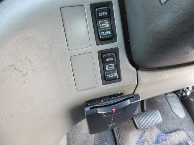 Lパッケージ3000DT-4WDサンルーフ4ナンバー登録(14枚目)