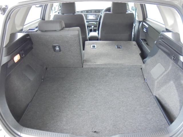 トヨタ オーリス 150X Sパッケージ ナビ カメラ ETC 4WD