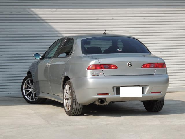 ご契約を頂いた後に車検を取得するため、まるまる向こう2年後が車検満了日となり、とてもお買い得なお車です!