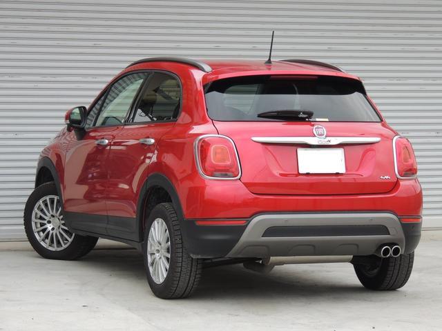 日本自動車鑑定協会の定める基準による「中度」な修復として判断できます。どうぞ安心してお求め下さい。