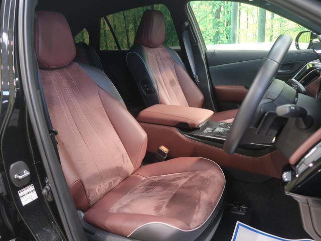 ●高級感たっぷりの「ブラウンハーフレザー」!!汚れが目立ちにくく、さらに高級感を与えてくれるので、優雅にドライブをお楽しみいただけます♪座り心地もバッチリです☆是非一度ご体感下さいませ!!