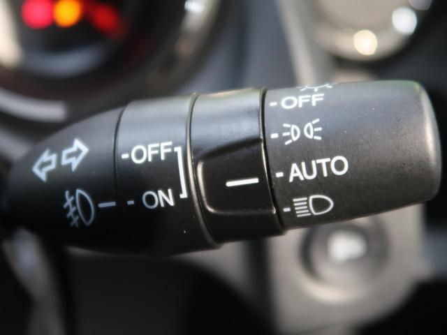 RS ファインスタイル 1オーナー 禁煙車 パドルシフト ステアリングホイール オーディオプレーヤー スマートキー HIDヘッド フォグ ファブリックコンビシート サイドシルスポイラー リアスポイラー ETC(8枚目)