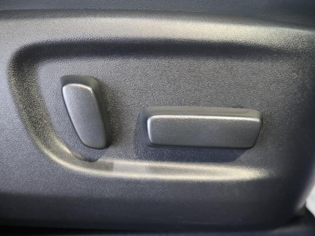 2.5S Cパッケージ 禁煙車 11型BIGX フリップダウンモニター 三眼ヘッドライト サンルーフ デジタルインナーミラー サイド・バックカメラ BSM トヨタセーフティセンス 両側パワスラ シーケンシャルターンランプ(8枚目)