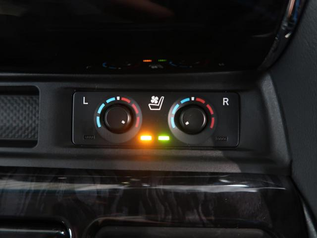 2.5S Cパッケージ ツインムーンルーフ フリップダウンモニター 三眼ヘッドライト 禁煙車 ディスプレイオーディオ 100V電源 トヨタセーフティセンス 両側パワスラ 黒革シート シートヒター 純正18AW バックカメラ(8枚目)