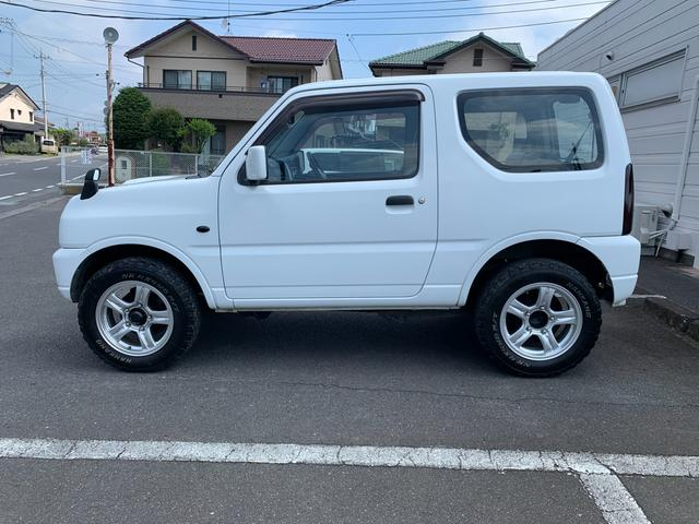 XG MT5速 インタークーラーターボ 切り替え式4WD 16インチAW ABS Wエアバッグ キーレスエントリー AC PW PS CD(5枚目)