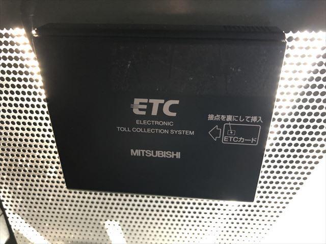 ベース HDDナビBカメラHIDライトETC1オーナー中期型(11枚目)
