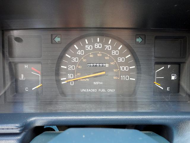 米国トヨタ ハイラックス エクストラキャブ