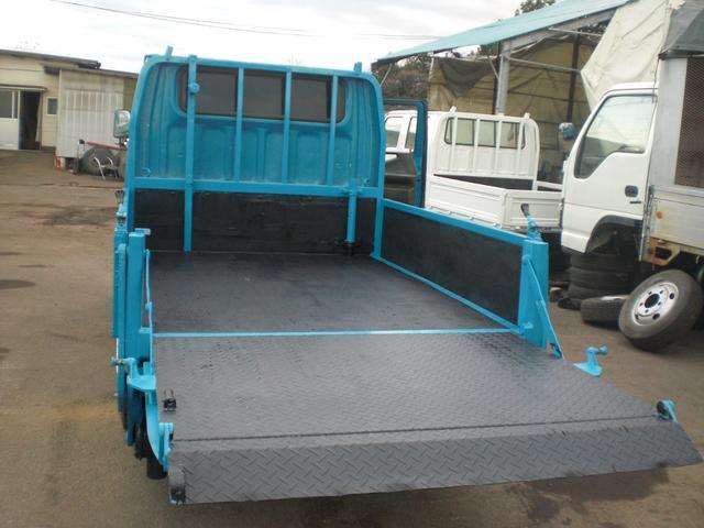 ダブルキャブ PG 4WD 積載1250kg NO・28(9枚目)