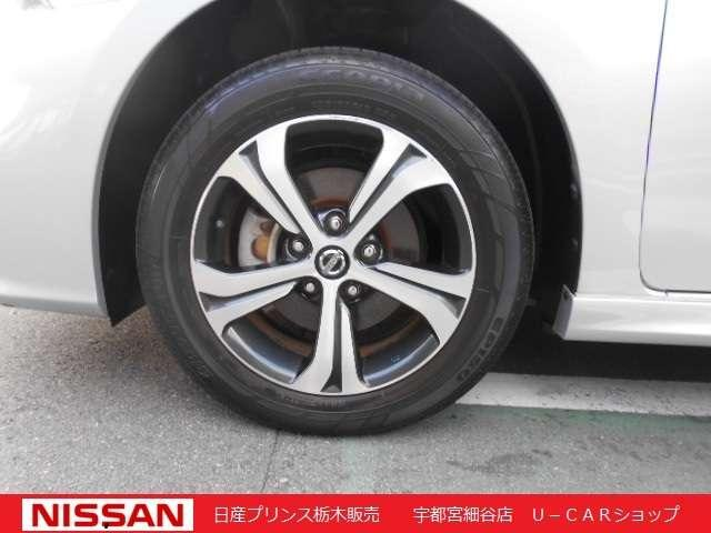 S ツーリング メモリーナビ・バックカメラ・ETC・ドライブレコーダー・オートエアコン・キセノンヘッドライト・16インチアルミ(9枚目)