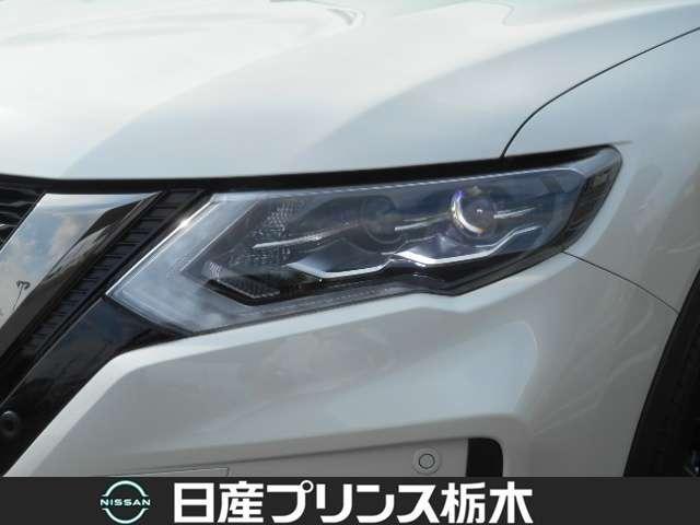 20Xi レザーエディション Vセレクション 2列車 4WD 当社試乗車 メモリーナビ・アラウンドビューモニター・ドライブレコーダー前後・ETC2.0・スマートルームミラー・シートヒーター・アイドリングストップ・LEDライト・18インチアルミ(10枚目)