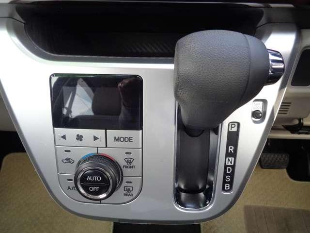 スタイルX SAII スマアシ・エコアイドル・横滑り防止装置・スマートキー・ナビ・TV・ETC・オートエアコン・ステアリングリモコン・ベンチシート(16枚目)