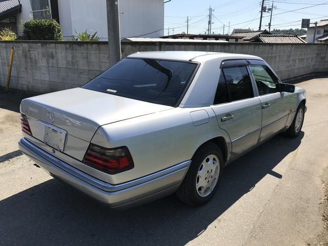 メルセデス・ベンツ M・ベンツ E280 サンルーフ キーレス