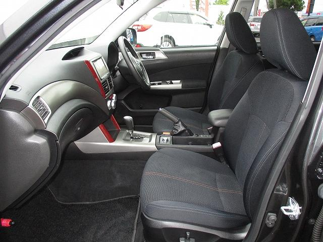 スバル フォレスター 2.0XT 4WD プッシュスタート フルエアロ 地デジ