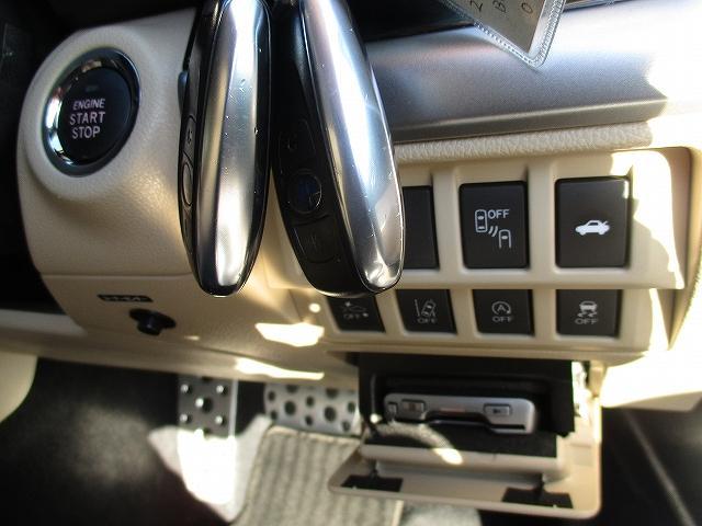 リミテッド 4WD 革席 8インチSDナビ プッシュスタート(19枚目)