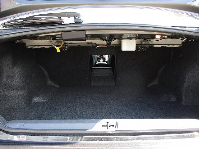2.0GT DIT スペックBアイサイト 4WD タイミングチェーン 直噴エンジン プッシュスタート バックカメラ ビルトインETC 社外SDナビ地デジ パドルシフト 横滑り防止装置 盗難防止装置 ハーフレザーシート 電動シート 社外18AW(35枚目)
