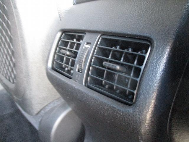 2.0GT DIT スペックBアイサイト 4WD タイミングチェーン 直噴エンジン プッシュスタート バックカメラ ビルトインETC 社外SDナビ地デジ パドルシフト 横滑り防止装置 盗難防止装置 ハーフレザーシート 電動シート 社外18AW(42枚目)