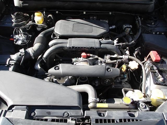 2.5i Lパッケージリミテッド 4WD プッシュスタート バックカメラ HDDナビ地デジ ETC 両側電動シート サイド・カーテンエアバッグ 横滑り防止装置 盗難防止装置 オートライト HID フォグランプ 純正17インチAW(24枚目)