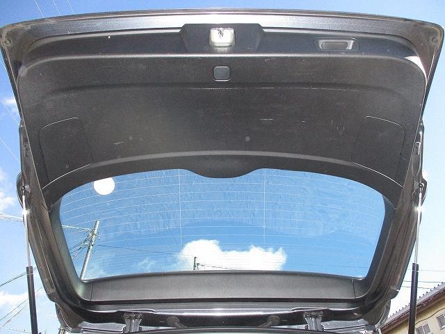 2.5i Lパッケージリミテッド 4WD プッシュスタート バックカメラ HDDナビ地デジ ETC 両側電動シート サイド・カーテンエアバッグ 横滑り防止装置 盗難防止装置 オートライト HID フォグランプ 純正17インチAW(32枚目)