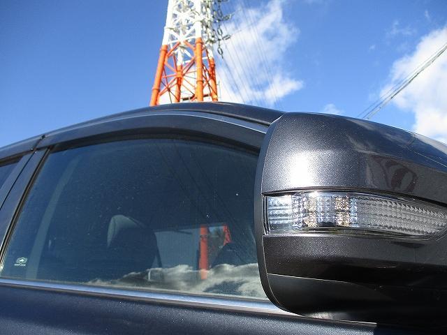 2.5i Lパッケージリミテッド 4WD プッシュスタート バックカメラ HDDナビ地デジ ETC 両側電動シート サイド・カーテンエアバッグ 横滑り防止装置 盗難防止装置 オートライト HID フォグランプ 純正17インチAW(45枚目)
