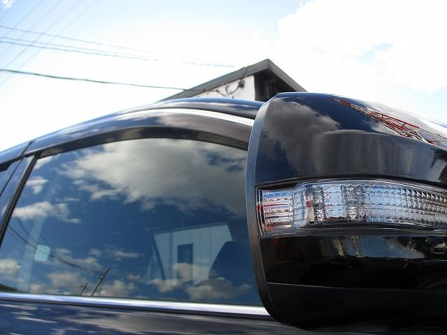 2.5i Lパッケージ 4WD マッキントッシュ 8インチモニターHDDナビ地デジ プッシュスタート バックカメラ ETC 両側電動シート 盗難防止装置 横滑り防止装置 サイド・カーテンエアバッグ オートライト HID(44枚目)