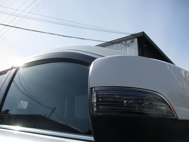 2.5i Bスポーツアイサイト Gパッケージ 4WD タイミングチェーン プッシュスタート バックカメラ ETC SDナビ地デジ ハーフレザーシート 電動シート 盗難防止装置 横滑り防止装置 オートライト HID フォグランプ 純正17AW 後期(45枚目)