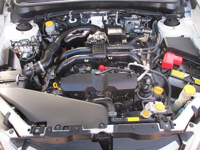 2.5iアイサイト 4WD タイミングチェーン フリップダウンモニター プッシュスタート バックカメラ SDナビ地デジ ETC シートヒーター 横滑り防止装置 サイド・カーテンエアバッグ オートライト 純正17インチAW(24枚目)