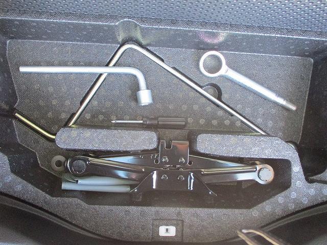 2.5iアイサイト 4WD タイミングチェーン フリップダウンモニター プッシュスタート バックカメラ SDナビ地デジ ETC シートヒーター 横滑り防止装置 サイド・カーテンエアバッグ オートライト 純正17インチAW(37枚目)